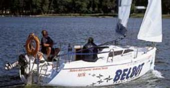 Test jachtu Bolero 805 - Czarterowy jacht do regat
