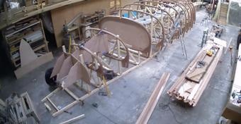 Tak powstają drewniane jachty w stoczni Spirit Yachts [WIDEO]